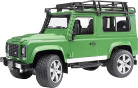 Bruder 02590 Land Rover Defender Station Wagon
